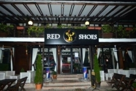 docek red shoes