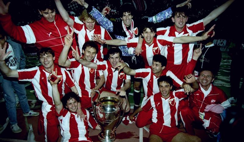 Crvena Zvezda - Napoli istorija